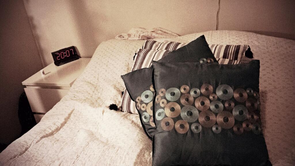 Min sida av sängen
